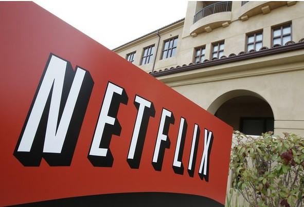 Netflix aumenta un dólar para costear series originales