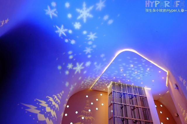 台中歌劇院聖誕燈光秀 (24)