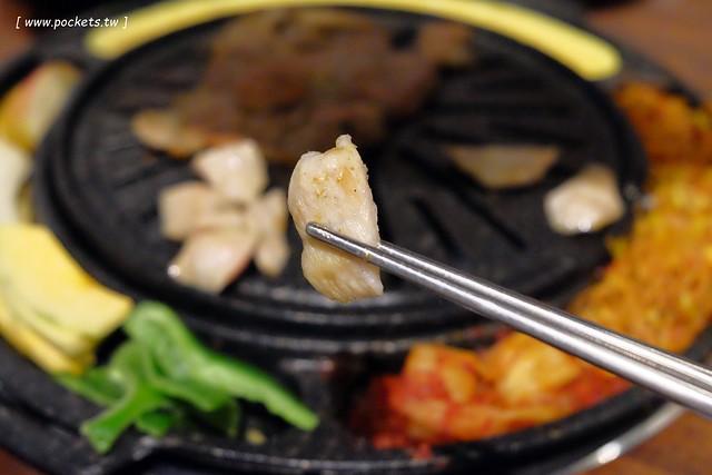 31269111130 b441e92325 z - 滋滋咕嚕쩝쩝꿀꺽韓式烤肉專門店:藝人納豆開的韓式烤肉店(已歇業