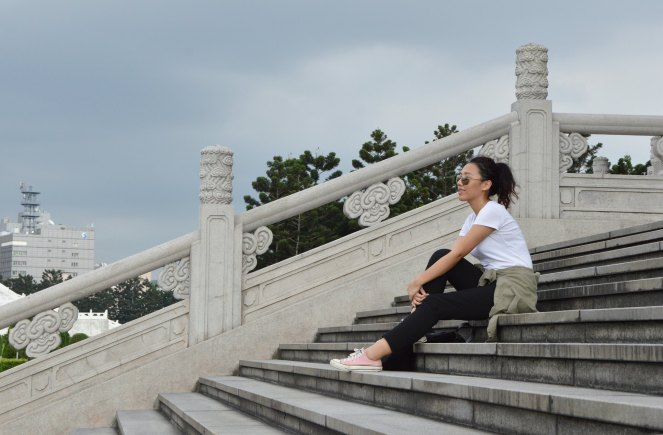 Chiang Kai-shek Memorial Hall, travel casual comfortable outfit
