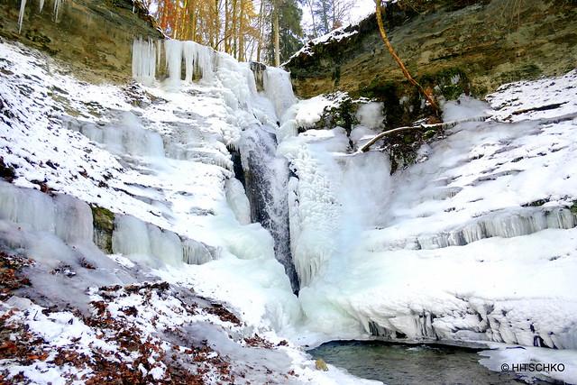 Mutzbachfall im Winter