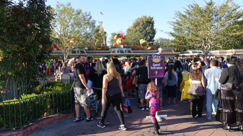 Entry area at Disneyland Halloween Party