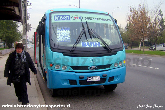 Metrobus MB81 - Cantares de Chile - Maxibus Astor / Mercedes Benz (MZ2330)