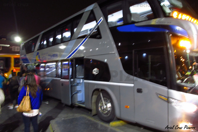 Buses Altas Cumbres - Santiago - Marcopolo Paradiso 1800 DD / Scania (DSSY95)