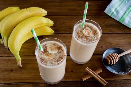 creamy peanut butter banana smoothie