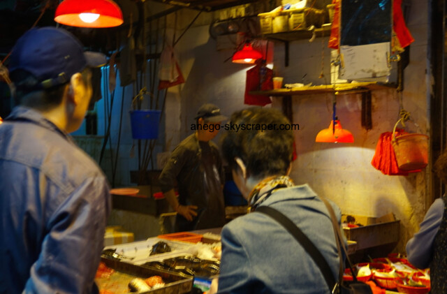 春秧街の魚売り