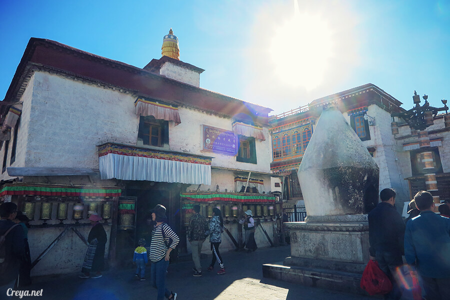 2015.12.09   Tibet 西藏踢北去   尋找藏人真正的拉薩中心,被信仰力量震撼的大昭寺與舊城區 24.jpg