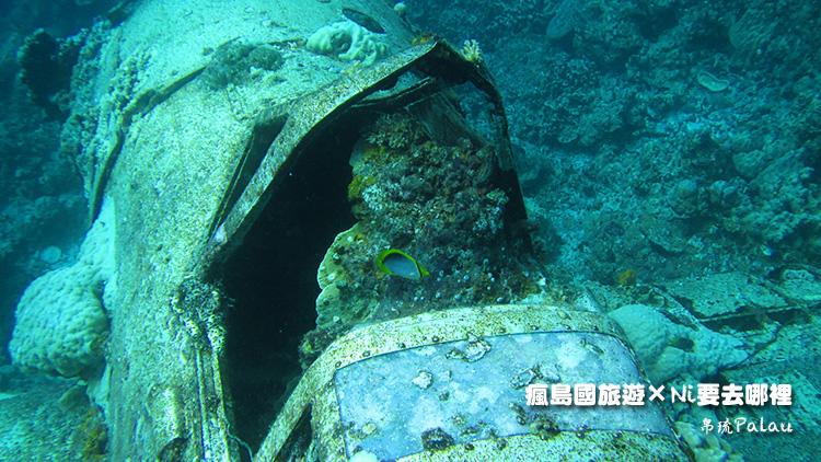 34帛琉戰機儀表板