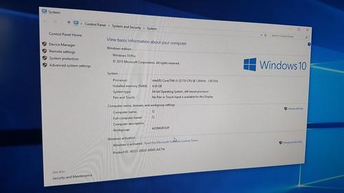 รุ่นที่ได้มาเป็น Core i3 RAM 4GB อัพเป็น Windows 10 แล้ว