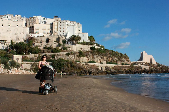 Sperlonga beach is perfect even for very young children and babies