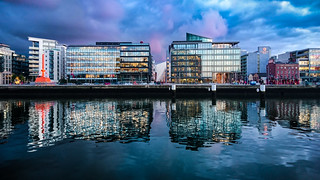 Reflections (Xperia Z5C) - Dublin, Ireland - Mobile photography