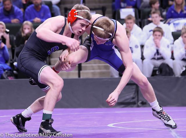 132 - Jake Gliva (Simley) over Brady Laumb (Kasson-Mantorville) Maj 19-8
