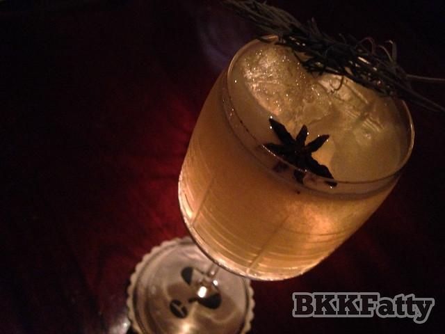 bar crawl bangkok-4