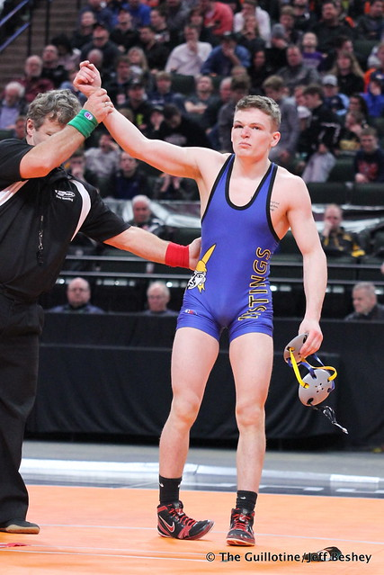 132AAA - 3rd Place Match - Adam McSorley (Hastings) 43-4 won by decision over Mitchell Wilson (St Francis) 33-10 (Dec 3-1)