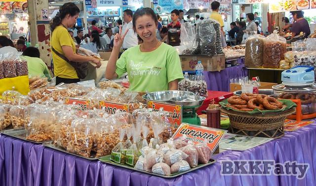 or tor kor market bangkok-4