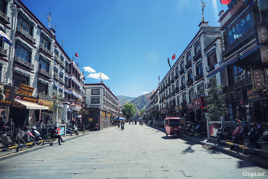 2015.12.09 | Tibet 西藏踢北去 | 尋找藏人真正的拉薩中心,被信仰力量震撼的大昭寺與舊城區 03.jpg