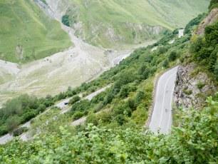 Climbing up to Kazbegi | Jan, 2016