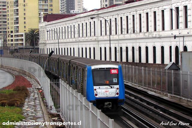 Metro de Santiago - Alstom NS2004 N2086 - Toesca / Parque O'Higgins (L2)