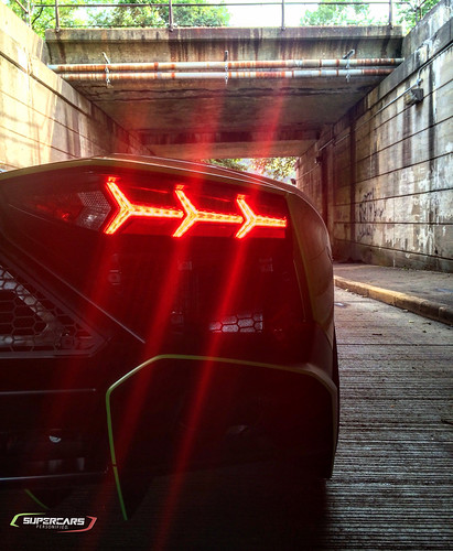 50th Anniversary Aventador & Tunnel