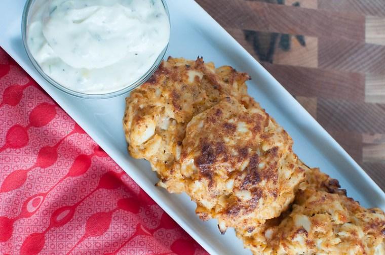 Crab Cakes with Lemony Dill Aioli 4