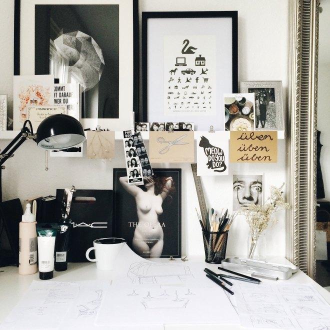 Current Desk