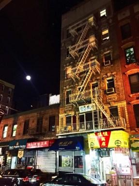 Chinatown moon