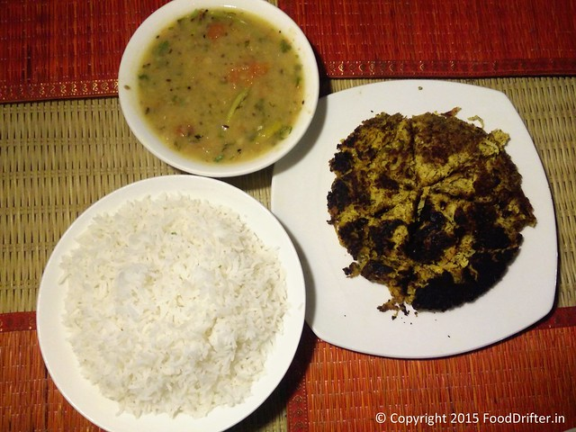 Mashoor Dal, Mulor Paturi and Rice