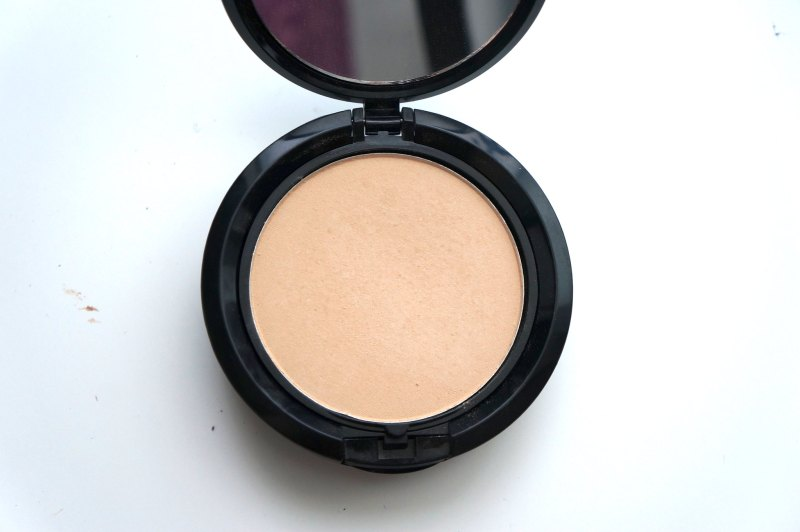 Product in compact