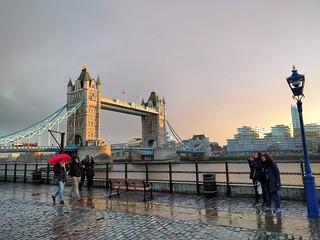 London bridge late afternoon rain