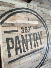 1737 387 Pantry