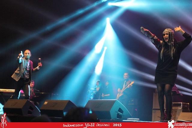 Indonesian Jazz Festival 2015 - Yovie Widianto and Friends (1a) (2)