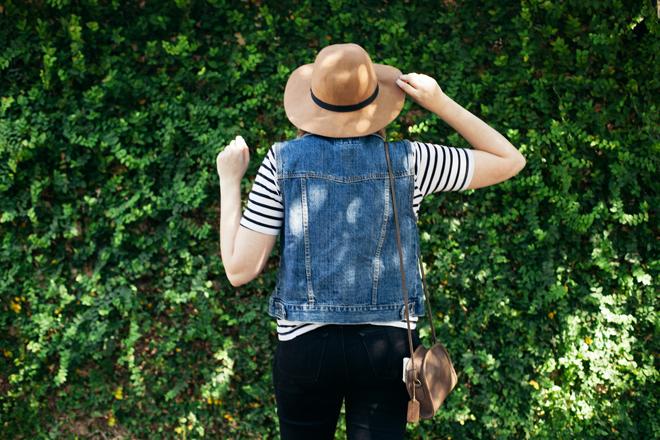 striped shirt denim vest11