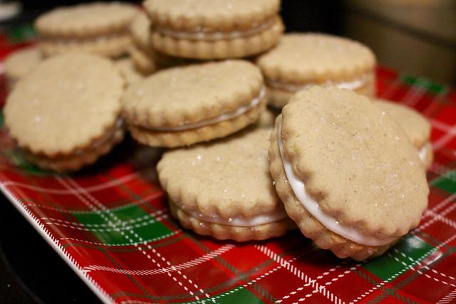 Eggnog Sandwich Cookies - 25