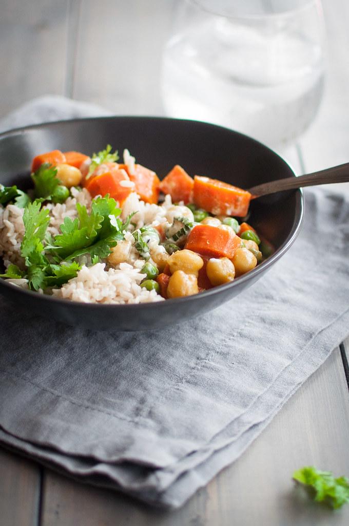 6 ingredient quick veggie curry