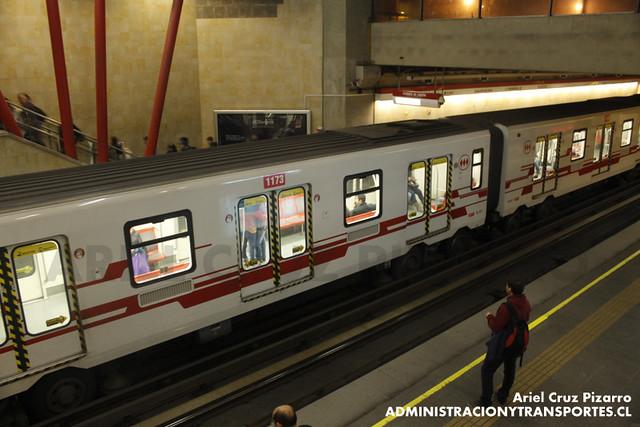 Metro de Santiago - CAF NS2012 N2117 - Pajaritos (Línea 1)