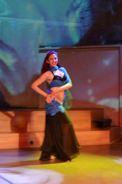 ホジャパシャ文化センターのベリーダンス