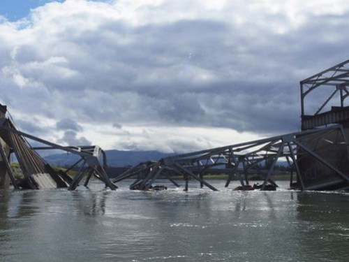 05-23-13_Skagit_Bridge_Collapse