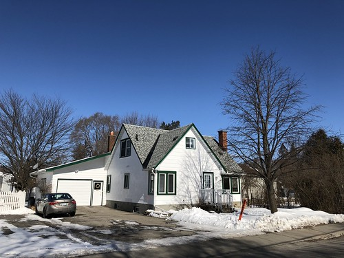 Carleton Place - House in CP