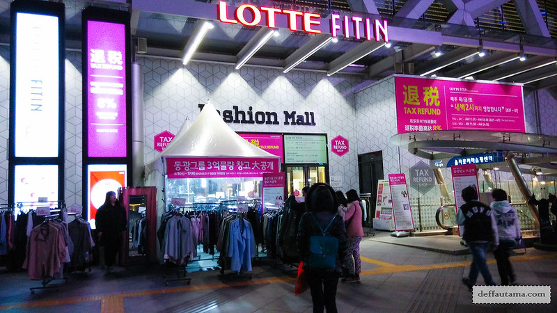 Dongdaemun Night Market - Lotte Fitin Mall