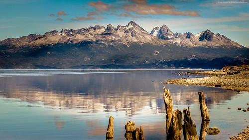 mountain-1920x1080-4k-hd-wallpaper-lake-sea-ushuaia-argentina-13423