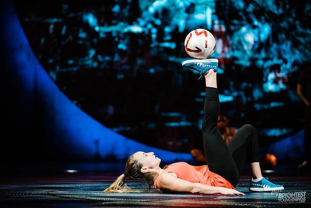 Cirque Du Soleil Luzia BTS-9992