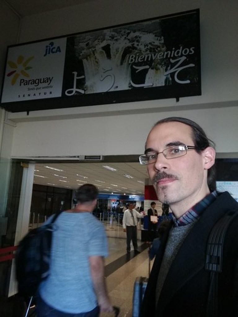 """Bienvenidos """"yokoso"""" en el aeropuerto de Asunción (Paraguay)"""