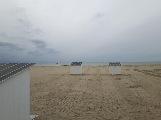 De eerste strandcabines - lente in Oostende