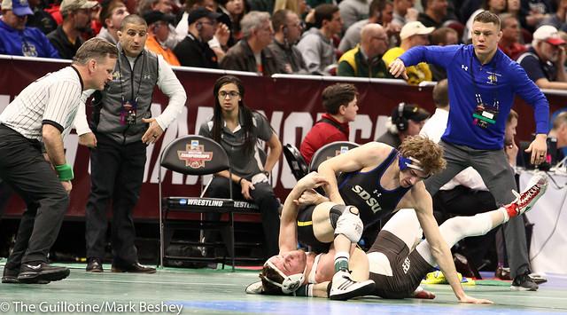 157 Champ. Round 1 - Luke Zilverberg (South Dakota State) 31-8 won by decision over Justin Staudenmayer (Brown) 22-11 (Dec 6-1) - 180315amk0123