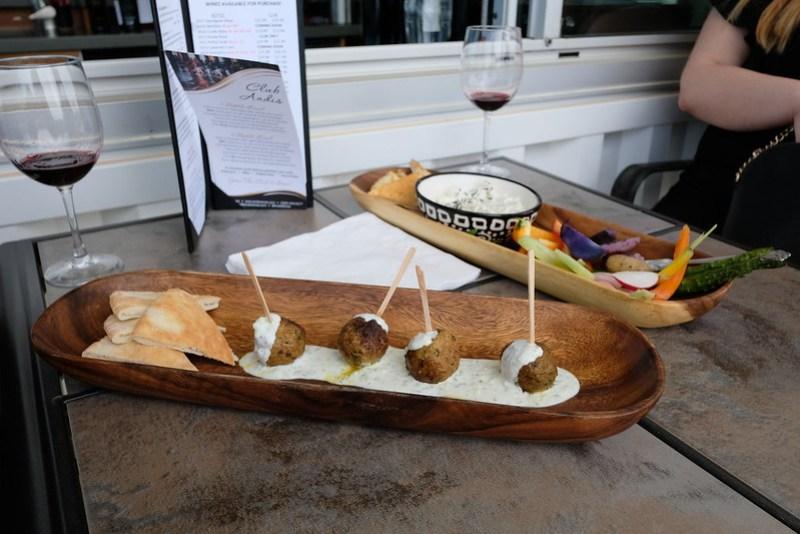 Andis Wineries