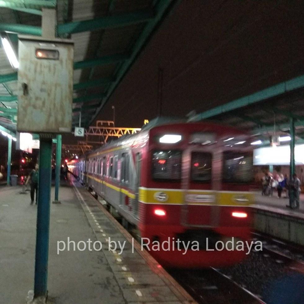 KRL Tokyu 8500 Series, Commuter Line Rasa Kereta Api Bisnis (K2) Jaman Old (1/2)