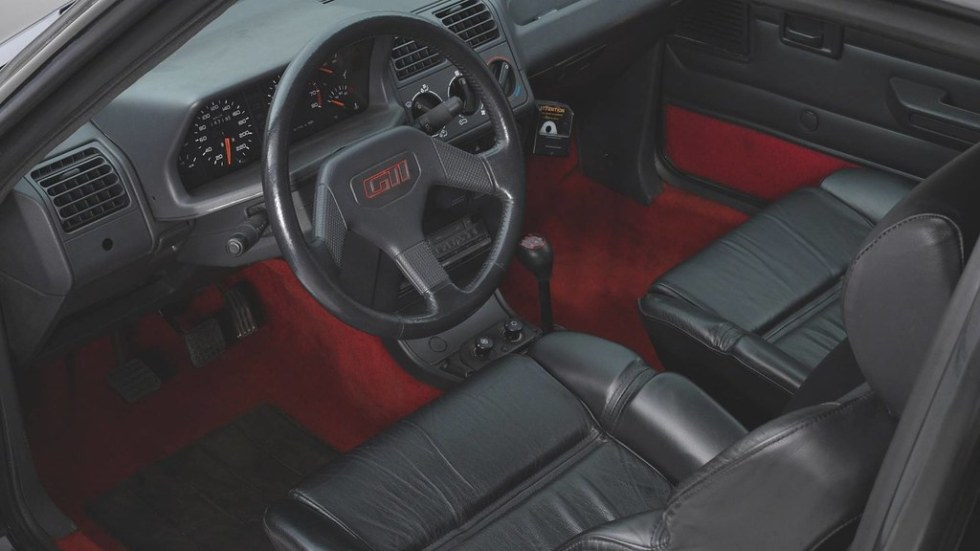 armored-peugeot-205-gti32