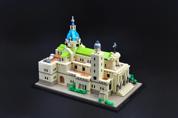 Tiny Lego Version Of Manila Cathedral The Brothers Brick The
