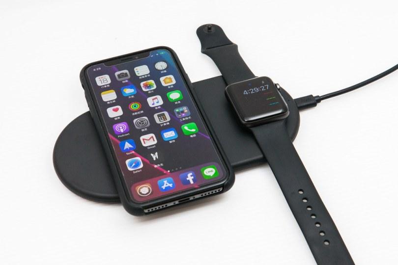 Funxim X8 無線充電板開箱:能同時替 iPhone 與 Android 進行充電