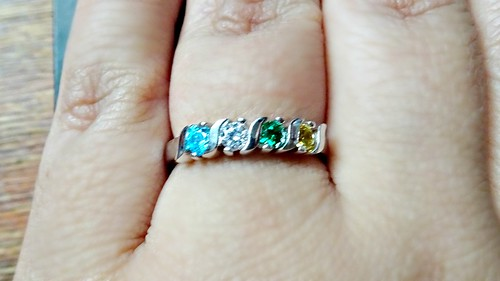 Mama's Jewelry Mothers Ring Review